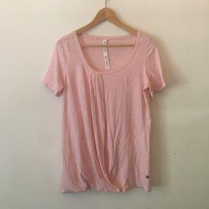 Lululemon Pink Top Size 8 NWOT E13